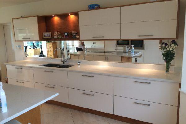 quartz-kitchen-2