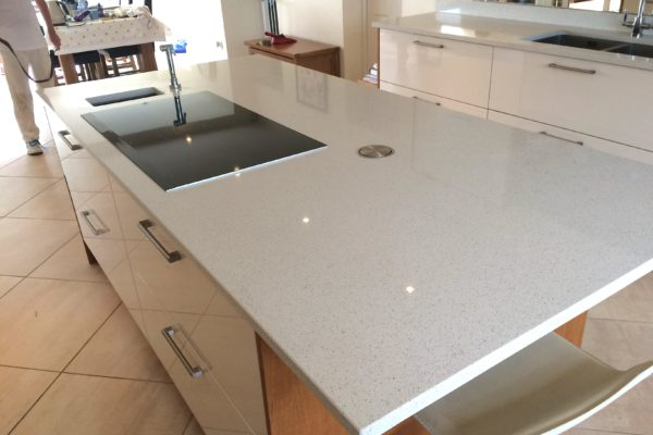 quartz-inc-hob